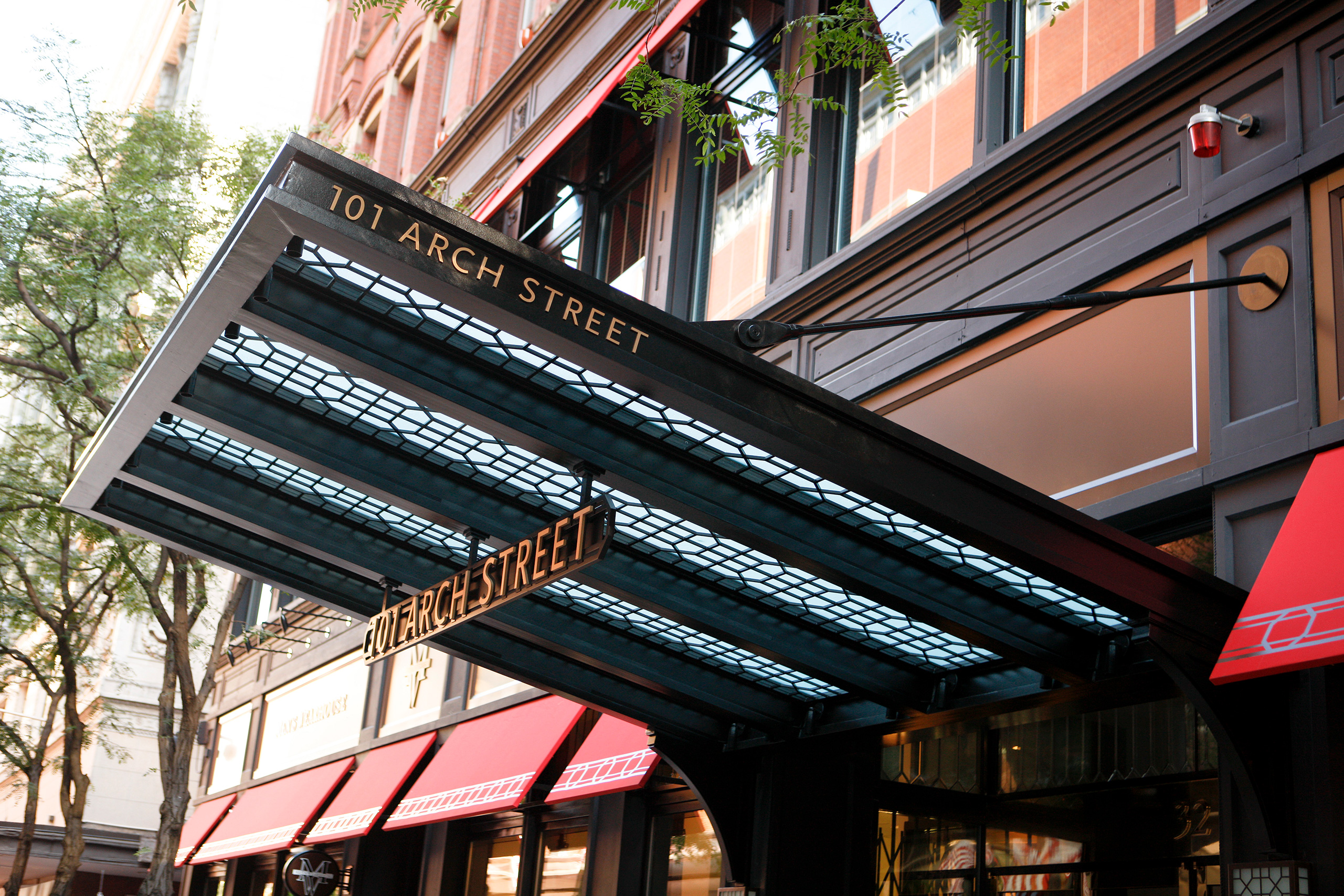 101 Arch St, Boston, MA Portico – supported by Ronstan Carbon Steel Tension Rods