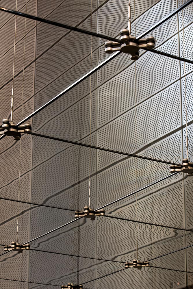 8 Chifley Square Structural Bracing and Suspended Glazing - Photo: © Brett Boardman 2015