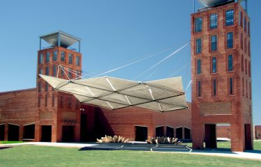Del Mar College – tensile wires and rods provide structural support